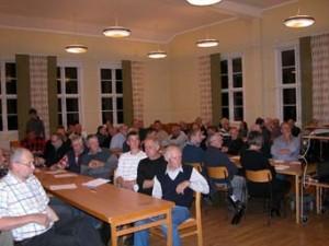 65 personer deltog med intresse och diskutionerna var mycket livliga kring kaffebordet.